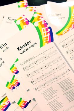 Liederbücher - cc-by 2011 kaperbrief.org