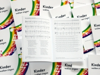 Liederbücher - cc-by 2011 Musikpiraten e.V.