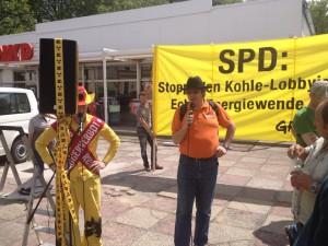 Landtagskandidat der PIRATEN, Thomas Langen, spricht auch der DEMO gegen den weiteren Ausbau der Kohleförderung in Herzberg/Elster